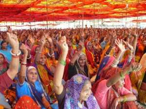 The Politics of Big Capital and the Poor in Narmada Valley